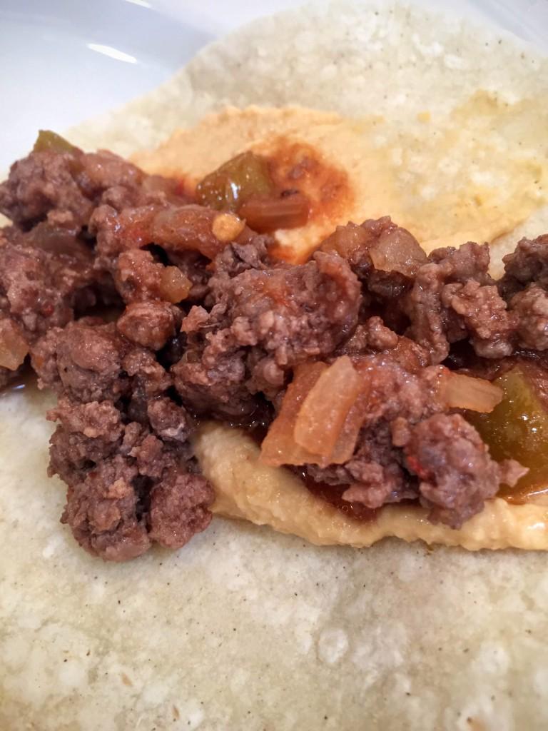 Hummus taco